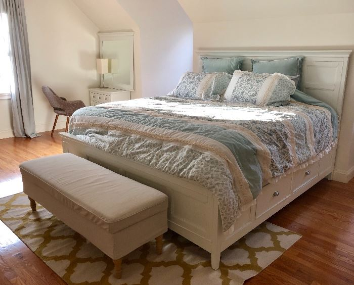 YES! This bed is STILL available! King Sized - sold early but buyer backed out!