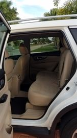 floor mats and seats in great clean condition