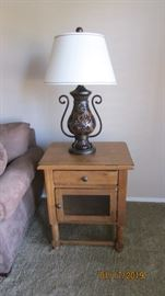 Sq table by Broyhill