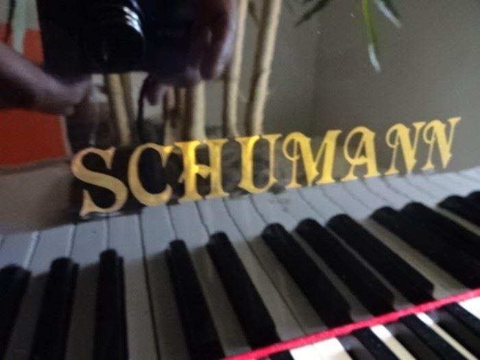 """Piano 5'6"""""""