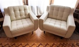 Chateau d'Ax Leather Button Arm Chairs