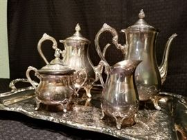 WM Rogers Silverplated Coffee Set