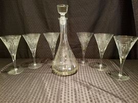 Decanter with Matching Wine Glasses