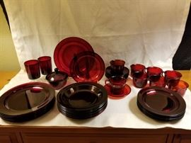 Vintage Arcoroc Luminarc Ruby Red Table Setting