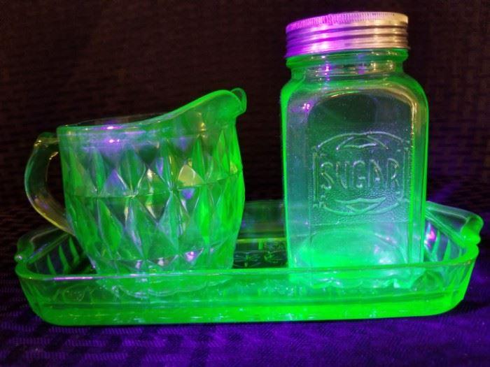 Depression Glass Creamer and Sugar on Tray