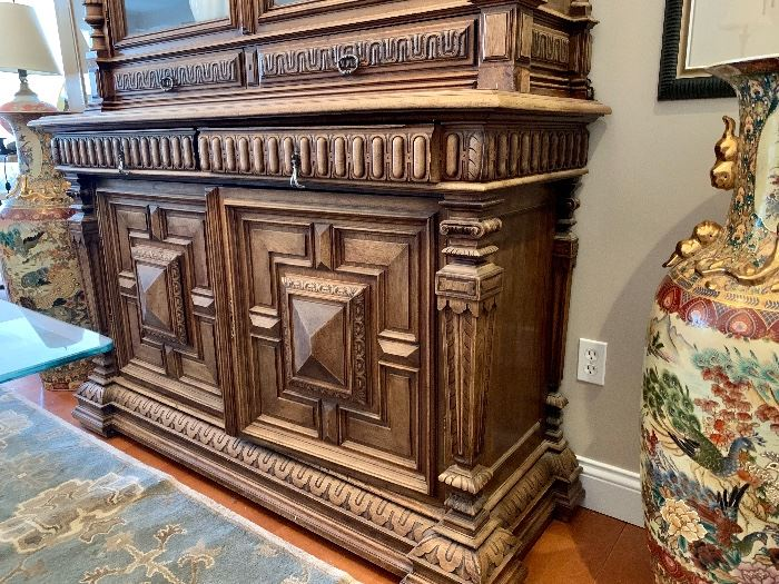 Close-up of base of cabinet
