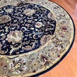 8 foot round wool rug