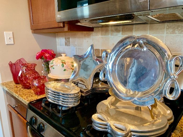 Large collection of kitchenware and serveward....many never used!