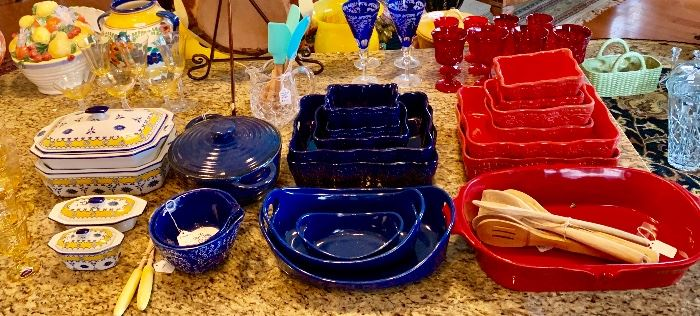Lots of colorful ovenware!!