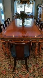 Henredon Grand Provencal dining tsble with leaf