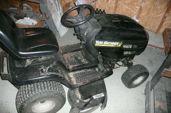 Riding Lawn Mower includes Snow Plow