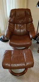 Leather Stressless Chair with ottoman