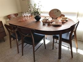 Mid-Century Modern Lane dining table & 6 chairs