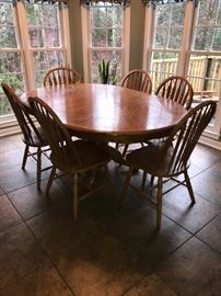 Oak Kitchen table with 8 chairs (2 not pictured)