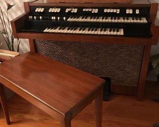 Hammond M102 Organ, buy it now