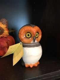 "Italian alabaster owl paperweight 4""."