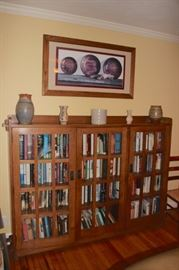 Art, Decorative Pieces and Book Cases with Books