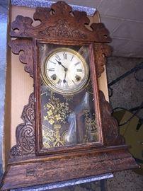 Antique clock- needs work