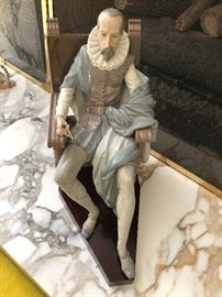 "Lladro Miguel De Cervantes #2654 Retired in 1988 height 14.25"" fingers broken but all there ready to be Fixed"