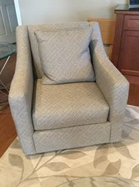Haverty's side chair
