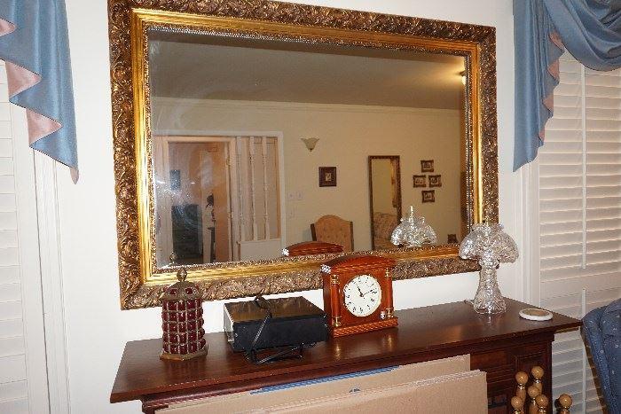 Large mantle mirror, crystal lamp, Stifle clock,