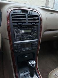 Dash - CD Radio and cassette