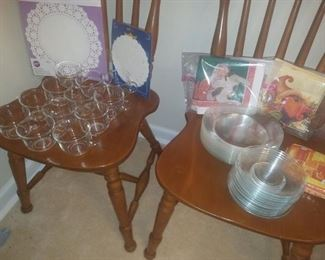 Clear glass party plates & cups.
