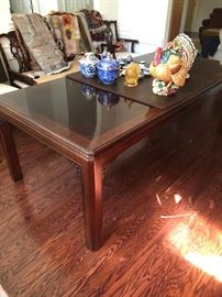 "Chippendale by Drexel dining room table With two leaves Table : 68"" extends to  108"""