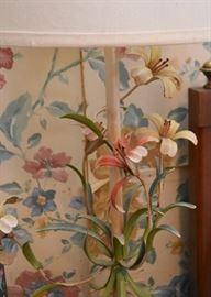 Vintage Tole Flowers Table Lamp