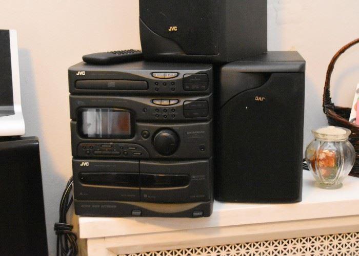 JVC Bookshelf Stereo with Speakers