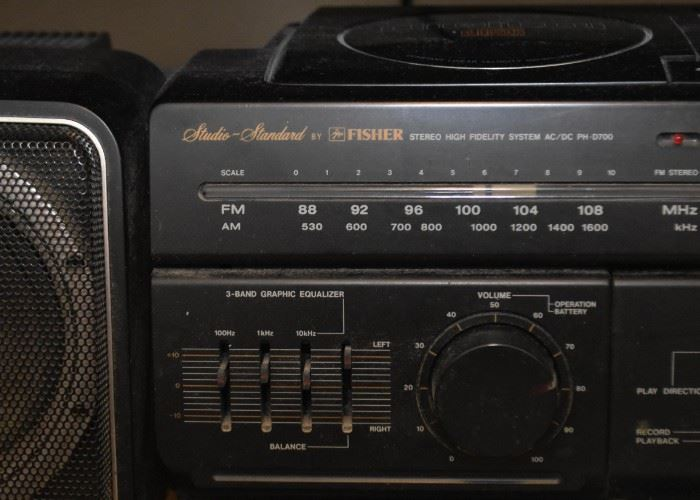 Fisher Stereo High Fidelity System with Speakers
