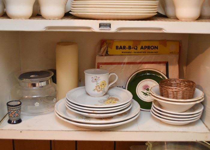 Vintage Dinnerware / Dishes, Kitchen Items