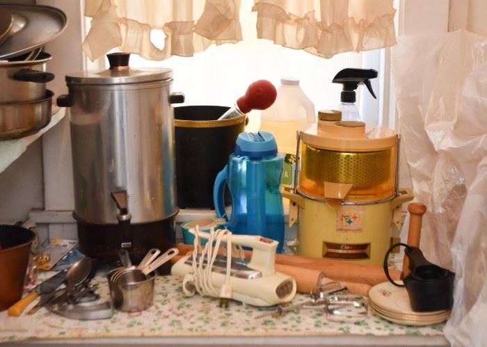 Coffee Server, Hand Mixer, Kitchen Appliances, Gadgets & Utensils