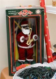 Vintage Musical Saxophone Playing Santa Claus (WORKS)