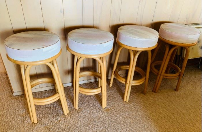 Set of 4 Rattan bar stools