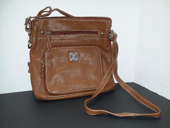Giani Bernini Pocketbook