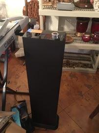 Brookstone ipad tower speaker