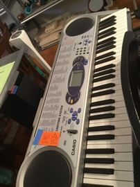 Casio LR43 with stool and stand