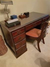 Duncan desk