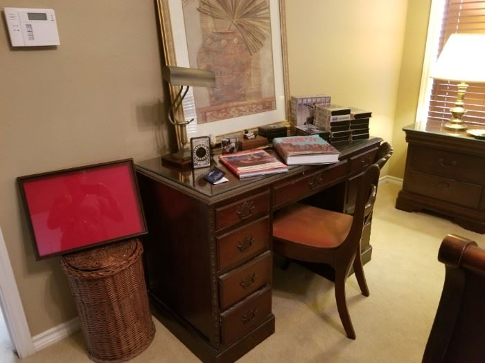 Duncan desk with matching chair