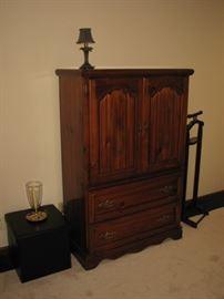Gentleman's cabinet