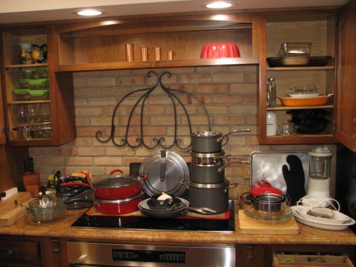 Kitchen & entertaining