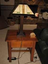 arts & crafts lamp with table