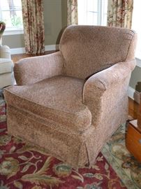 Second Furniture Guild swivel chair