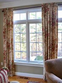 3 Pairs of drapes