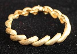 18k Brushed Gold