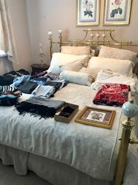 Queen size brass bed