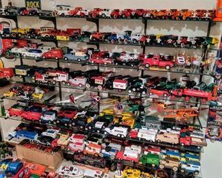 Ertl vehicle banks