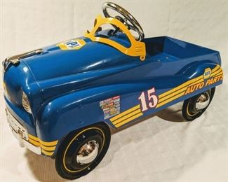 Michael Waltrip NAPA Custom Pedal Car (Professional Custom)