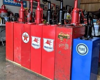Standard Oil and Bennett Lubesters/Oil Pumps